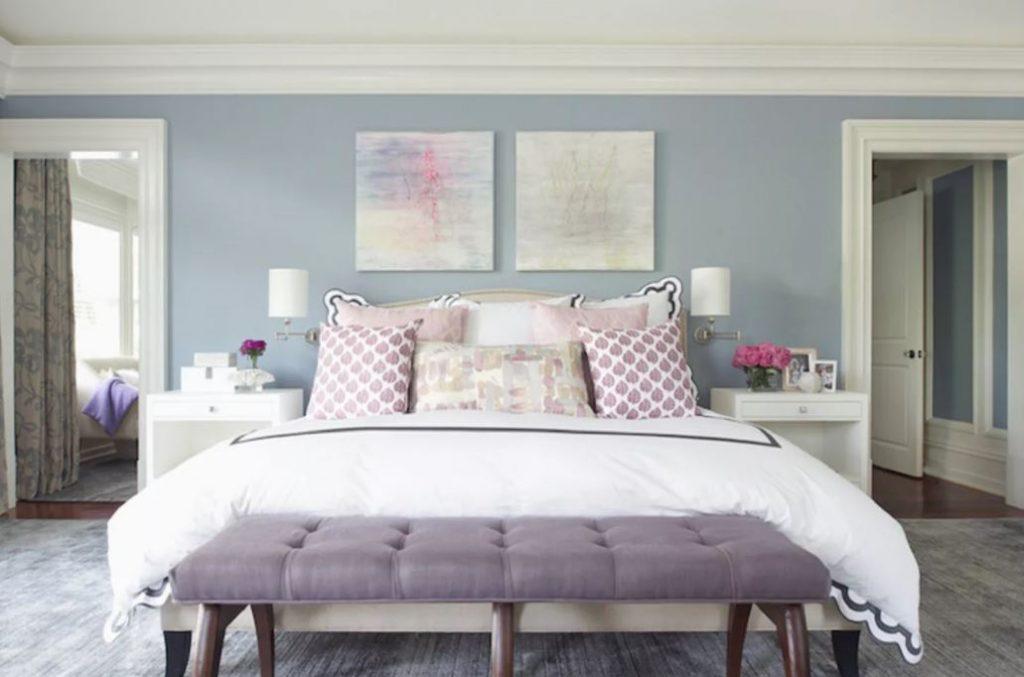 phòng ngủ có thiết kế màu tím