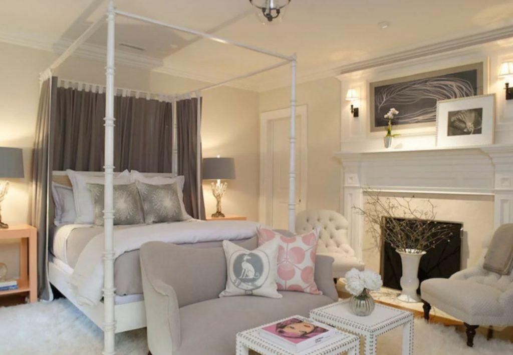 phòng ngủ trang trọng