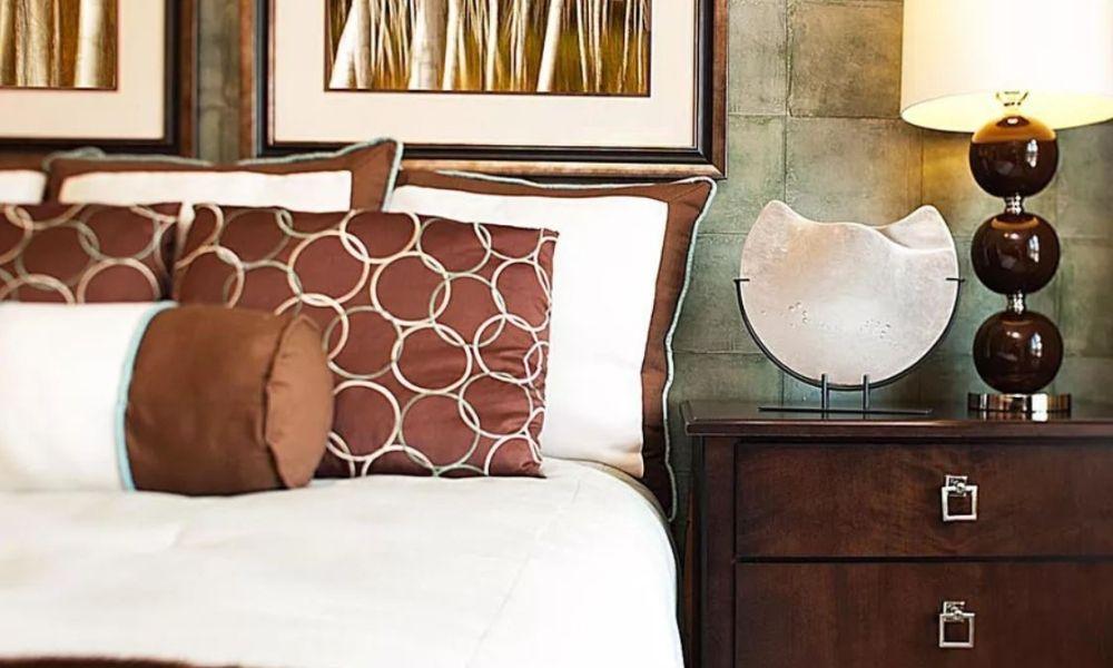 trang trí phòng ngủ màu nâu